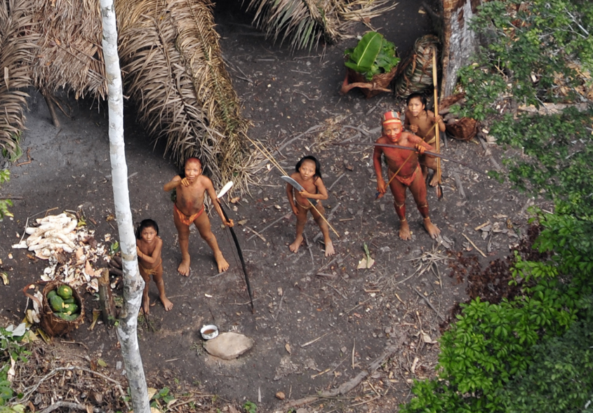 First ever aerial footage from uncontacted Amazon Tribe